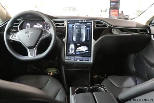特斯拉纯电动汽车的时代到来现车热卖中高清图片