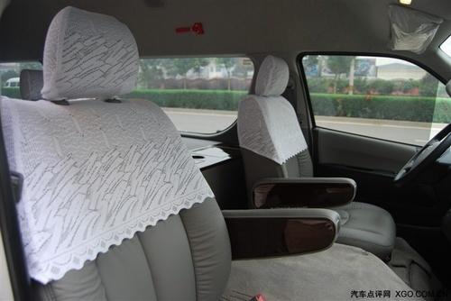 丰田海狮改装内饰,丰田面包车叫什么多少钱