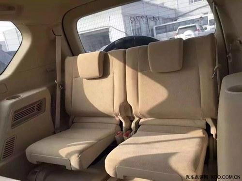 16款丰田霸道4000中东版配置